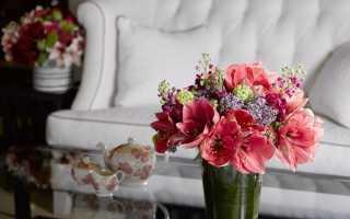 Украшение интерьера искусственными цветами