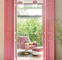 Цветные двери в интерьере
