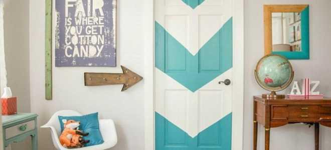 Декор вокруг двери